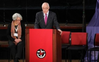 """Uniting Church in Australia """"Weaving a New Cloth"""" with Anglicans"""