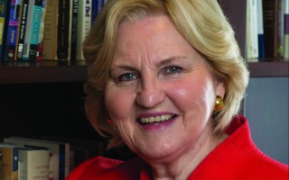 Dr. Jo Anne Lyon Welcomes Pope Francis in U.S.