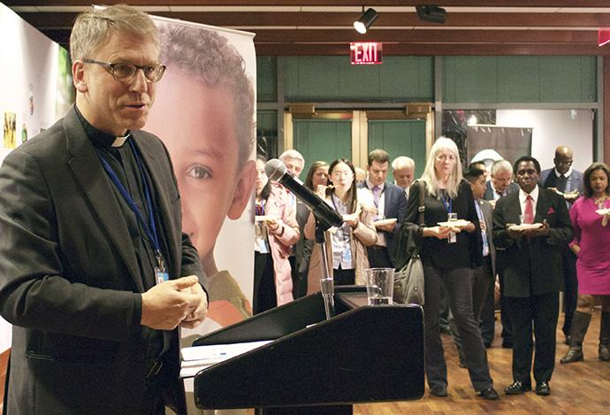 Rev. Olav Fykse Tveit, top executive, World Council of Churches, speaking at a reception hosted by UNICEF on 22 January
